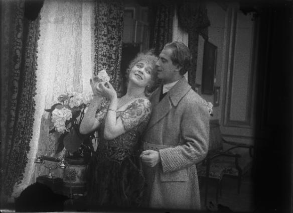 Erotikon, 1920