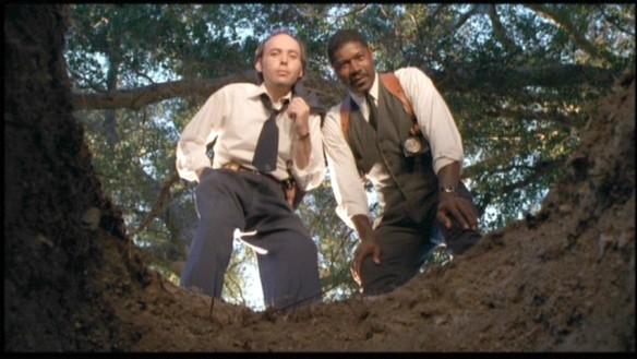 Dwight Yoakum & Dennis Haysbert in The Minus Man (1999)