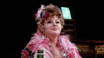 Shelley Winters.....drunk again in Poor Pretty Eddie