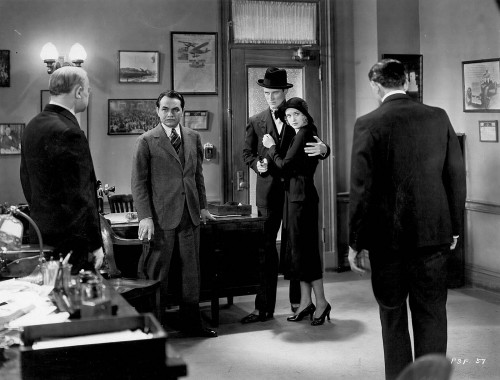 Edward G. Robinson (second from left) in FIVE STAR FINAL (1931)