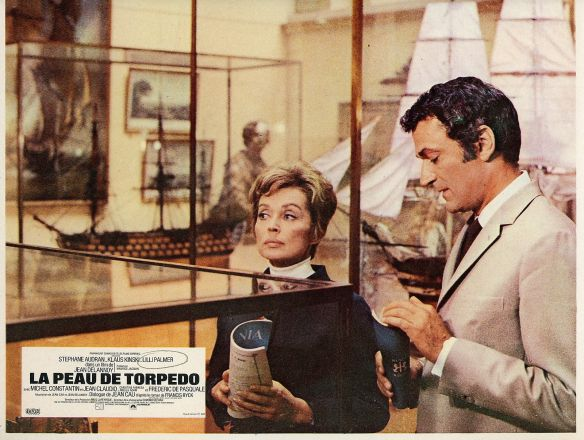 Lilli Palmer & Jean Claudio in La peau de torpedo (1970) aka Only the Cool