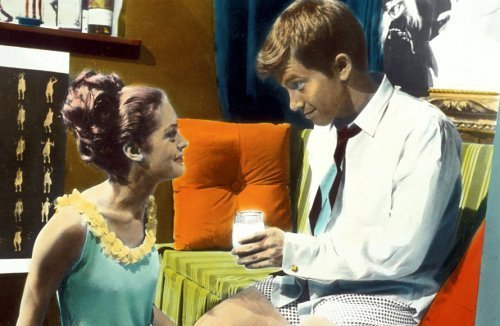 Elizabeth Hartman and Peter Kastner in You're a Big Boy Now (1966)