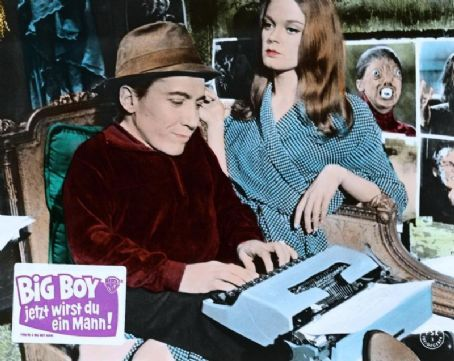 Michael Dunn and Elizabeth Hartman in a German lobby card from the film