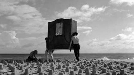 A scene from Roman Polanski's Two Men and a Wardrobe (1958)