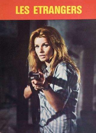 Senta Berger is in charge in Jean-Pierre Desagnat's Les Etrangers (1969)