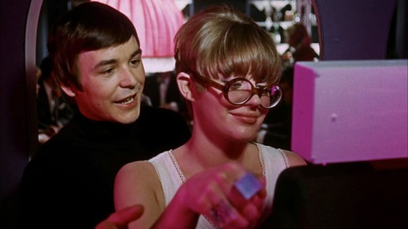 Barry Evans tries to score with Angela Scoular in Here We Go Round the Mulberry Bush (1967)