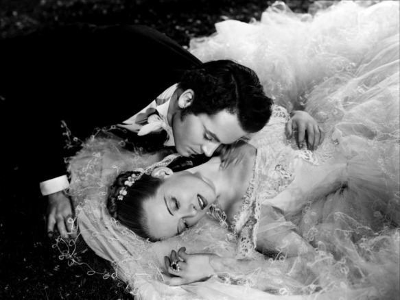 Henry Fonda and Bette Davis star in William Wyler's Jezebel (1938)