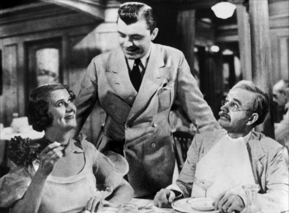 Ruth Donnelly, Lyle Talbot (center) and Lucien Littlefield are enjoying a vacation outside the law in Mandalay (1934), directed by Michael Curtiz