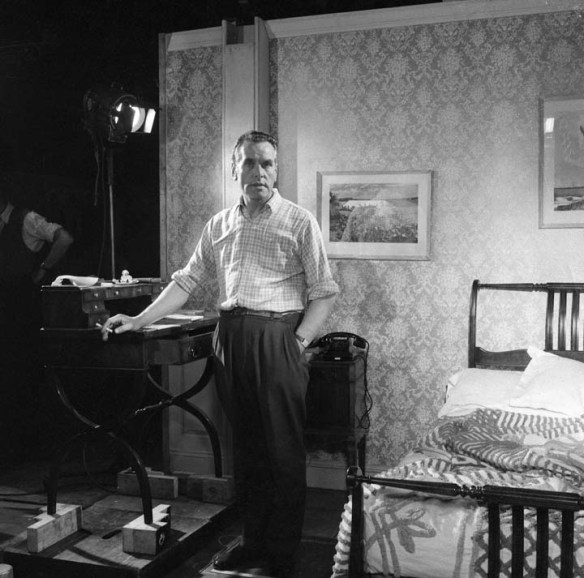 Director Charles Crichton on the set of Floods of Fear (1958)