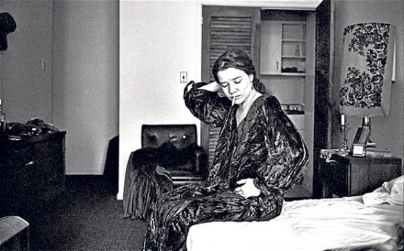 Janis Joplin at the Chelsea Hotel in 1969 (Photo: The Estate of David Gahr/hulton archive)