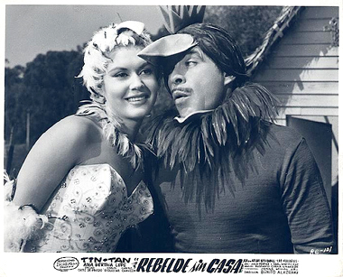 Ana Bertha Lepe stars opposite Tin Tana aka German Valdes in the crime comedy, Rebelde sin casa (1960)