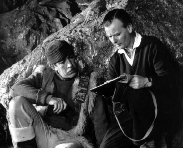 Director J. Lee Thompson (right) on the set of The Guns of Navarone with Anthony Quinn