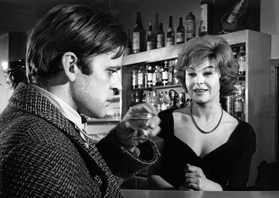 Marina Petrova plays an overly inquisitive barmaid in the psychological thriller, Der Rote Rausch (1962) starring Klaus Kinski (left).