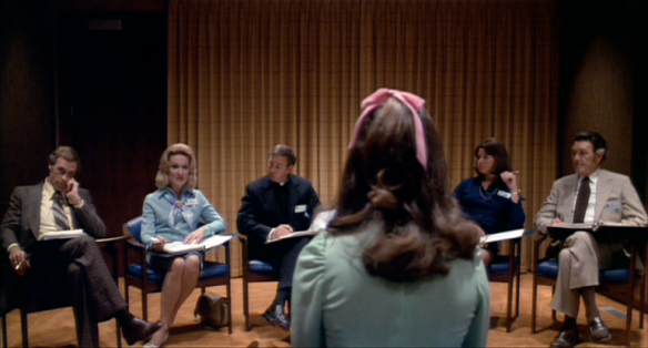A beauty pageant hopeful faces a team of judges in the Michael Ritchie satire, Smile (1975)