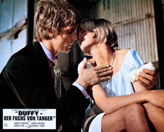James Fox puts the moves on Susannah York in Duffy (1968).