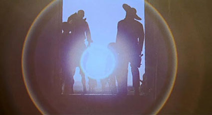 One of several visually stylish effects in Tinto Brass's 1966 spaghetti western, Yankee.