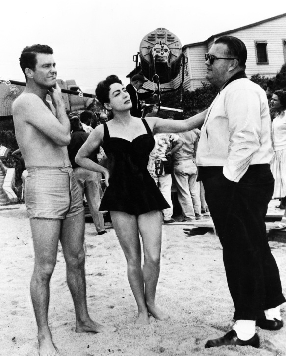 On the set of Autumn Leaves with Cliff Robertson (left), Joan Crawford and director Robert Aldrich.